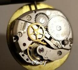 Elgin VERY RARE 24 hour hacking Bomb Camera or Gun Camera watch 18J. Grade 729